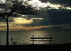 farewell to the sun Outdoor Furniture, Outdoor Decor, My Photos, Bench, Celestial, Sunset, Park, Beauty, Home Decor