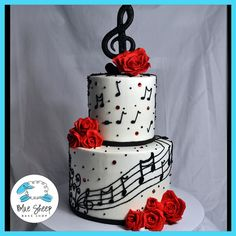 This white buttercream cake features black buttercream music notes, red Swarovski crystals, red sugar roses, and a treble clef cake topper. Music Birthday Cakes, Music Themed Cakes, Music Cakes, Birthday Cupcakes, Red Birthday Cakes, Happy Birthday, Beautiful Cakes, Amazing Cakes, Bolo Musical