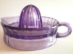 Purple Glass Sunkist Juicer or Reamer by WhoKnowsShop on Etsy Shades Of Purple, Deep Purple, Pink Purple, Purple Stuff, All Things Purple, Purple Kitchen Accessories, Jewelry Accessories, Antique Glass, Antique Bottles