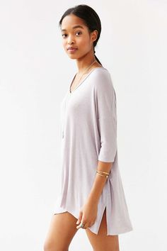Silence + Noise Zoe V-Neck Tee - Urban Outfitters