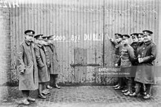 British troops leaving Ireland. Troops scribble 'Goodbye Dublin' on gates. (Part of the Independent Newspapers Ireland/NLI collection.).