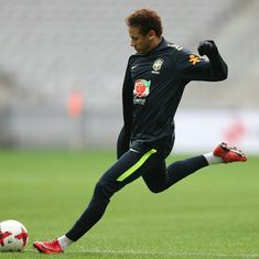 Updates of Neymar Best Football Players, Soccer Players, Love You Babe, My Love, Fc Barcelona Neymar, Neymar Football, Neymar Psg, Lewandowski, World Cup 2014