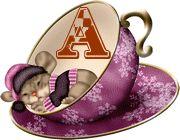 Alfabeto ratoncito durmiendo en taza.