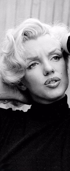 Marilyn. Photo by Alfred Eisenstaedt, 1953.