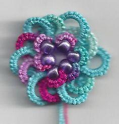 Celtic Flower .... Tatting Lace in Grace: 2015 325 Motif Challenge # 16 Celtic Flower ... with free pattern link ... *p*