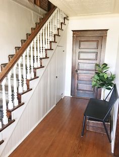 How to paint stair spindles. Updating your stair spindles can be a chore but it's so worth it in the end!