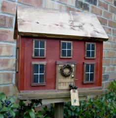 Farmhouse Cottage Folk Art Primitive Birdhouse