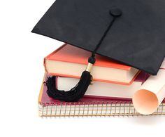 Woman Applied to 100 Scholarships | POPSUGAR Smart Living