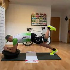 Runners Core Workout, Bench Ab Workout, Hamstring Strengthening, Gym Workouts, At Home Workouts, Bosu Ball, Ironman Triathlon, Side Plank, Training Motivation