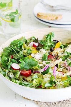 Mozzarella, Cobb Salad, Pesto, Cabbage, Vegetables, Food, Essen, Cabbages, Vegetable Recipes