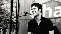 When this adorable laugh happened. | The 26 Most Adorable Darren Criss Moments…