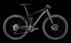 Dentro del mundo de la bicicleta de montaña uno de los temas que más discusiones genera entre los bikers es si tener una bicicleta rígida o de doble suspensión. Realmente, cada biker tiene su experiencia y cada uno tiene una opinión diferente. En este artículo, vamos a intentar describir cuáles son las ventajas y las …