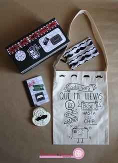 Pack scrapbooking con tote bag, cuaderno, monedero y caja.
