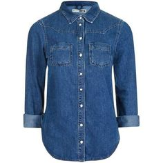 TopShop Moto Denim Fitted Shirt (15.970 HUF) ❤ liked on Polyvore featuring tops, fitted denim shirt, form fitting tops, button front top, topshop shirts and button front shirt