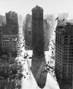 Rudy Burckhardt - Flat Iron in Summer, New York City, 1948.