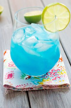 Cocktails, Mojito, Tequila, Margarita, Great Recipes, Wine Glass, Food And Drink, Smoothie, Tableware