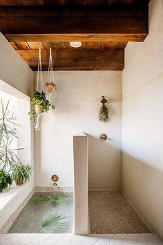 15 Ideas para decorar tu baño como un mini spa House Design, House Bathroom, Dream Bathrooms, House Inspo, Home Remodeling, House Interior, Home Interior Design, Dream Bathroom, Bathroom Decor