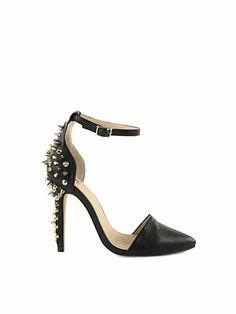 Spikey heels with belt