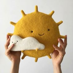 This Ukrainian Artist Creates Wool Sculptures So Adorable That You Will Fall In Love Baby Toys, Kids Toys, Baby Mobile, Sewing Toys, Felt Toys, Felt Art, Felt Animals, Handmade Toys, Felt Crafts