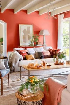 Pantone have officially announced that living coral is the color of How to incorporate this bold and warm color into your home decor to make it trendy? Coral Accent Walls, Coral Walls, Coral Accents, Red Walls, Le Living, Home Living Room, Bedroom Wall Colors, Room Colors, Coral Living Rooms