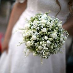 Wedding ceremony decorations church bridal bouquets ideas - The Effective Pictures We Offer You About White Wedding Bouquets, Bride Bouquets, Bridesmaid Bouquet, Floral Wedding, Trendy Wedding, Elegant Wedding, Wedding Dresses, Wedding Ceremony Decorations, Church Decorations
