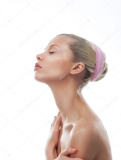 Women with Very Long Necks flickr | Attractive girl face with long neck. Skincare. Wellness ...