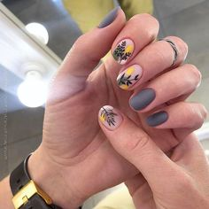 35 Trendy Manicure Ideas In Fall Nail Colors Inspired - Perfect Nail Colors For Fall ❤ Trendy Manicure Ideas In Fall Nail Colors 2019 Inspired ❤ See - Minimalist Nails, Trendy Nail Art, Stylish Nails, Colorful Nail Art, Floral Nail Art, Hair And Nails, My Nails, Nail Art Noel, Uñas Fashion