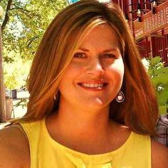 Kristen Cornett wiki, affair, married, Lesbian, height, meteorologist, 4 Warn Storm,