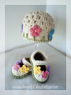 Beautiful Spring Beanie Hat and MaryJane booties with flowers Custom Sizes Gift Set Crochet Prop by Mary Angel of AngelsChest on Etsy Crochet Baby Booties, Crochet Beanie, Knit Crochet, Crochet Crafts, Yarn Crafts, Crochet Projects, Sombrero A Crochet, Knitting Patterns, Crochet Patterns