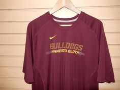 RARE Men's Nike Dri Fit Minnesota Duluth Bulldogs Athletic T-shirt XL Gym EUC #Nike #MinnesotaDuluthBulldogs