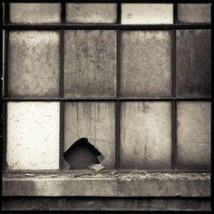 Bilderesultat for cover  broken window