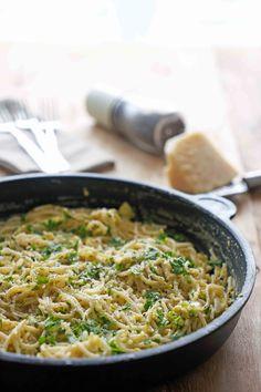 stuttgartcooking: Pasta mit Knoblauch, Petersilie, Ei und Pfeffer