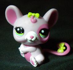 Littlest Pet Shop LPS 2206 Pink Rat Green Eyes & Bows Hasbro 2010 #Hasbro