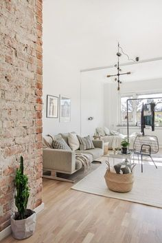 27+ White Brick Walls Design Ideas To Make Your Living Room Looks Better Tags: white brick wall bedroom ideas, white brick wall decor, white brick wall design ideas, white brick wall dining room, white brick wall fireplace, white brick wall interior design
