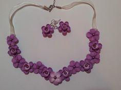 Set colier si cercei violet Wreaths, Flowers, Home Decor, Fimo, Decoration Home, Room Decor, Florals, Bouquet, Flower
