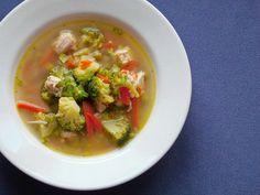 Zupa jarzynowa z indykiem i curry