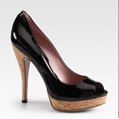 Gucci Lisbeth Patent Leather Open Toe Pump Sz. 7.5