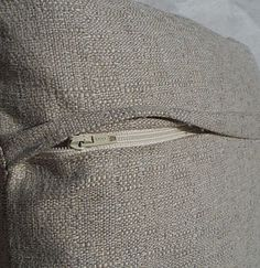 Hidden zipper tutorial -tried and tested, works a treat, I'm gonna make all my cushion covers with this zip finish,a good tutorial.