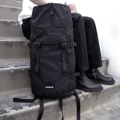 Lisbeth Salander from The Girl With the Dragon Tattoo carries a rucksack, because it's bad ass.