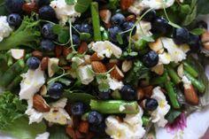 Salat blåbær feta mandler