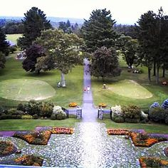 Check out the beautiful grounds of Skytop Lodge in the Poconos! #PoconoMtns