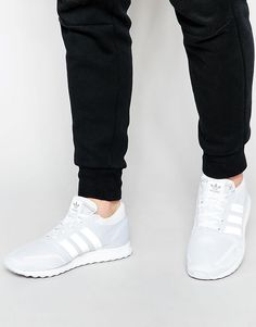 Image 1 of adidas Originals Los Angeles Sneakers S42021
