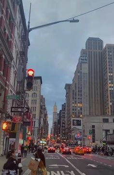 New York Life, Nyc Life, City Aesthetic, Travel Aesthetic, City Vibe, Dream City, Living In New York, Concrete Jungle, Aesthetic Pictures
