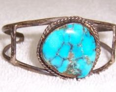 c068-092416-012-sterling-silver-and-turquoise-bracelet-and-screw-tight-earrings-68-1