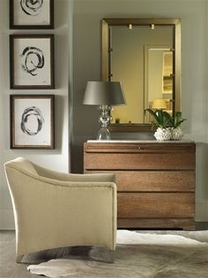 Vanguard Furniture: Room Scene TF_9723H_9444M_9049-CH