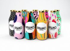 Art Milk - This pop art milk packaging was conceived by student designer Giovani Flores. The designer's 'Milkö' brand identity consists of . Milk Packaging, Food Packaging Design, Beverage Packaging, Bottle Packaging, Packaging Design Inspiration, Brand Packaging, Product Packaging Design, Takeaway Packaging, Cool Packaging