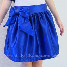 Sugarplum Holiday Skirt Pattern   underskirt pattern, 12 sizes baby to teen by Tie Dye Diva Patterns