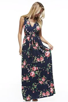 This boho Floral Print Sleeveless V-Neck Front Tie Maxi Dress is great for the upcoming fashion season. You can style it separate, or with a sweater or cardigan. It has a bit of stretch to it. Model i