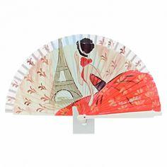 Abanico en madera color hielo con escena de dama vestida de rojo mirando a la Torre Eiffel. Pintado a mano en exclusiva para la marca Paula Alonso. Fabricado en España. Dimensiones: Art Deco, Art N Craft, Hand Fans, Hands, Crafts, House, Vestidos, Painted Fan, Mural Art