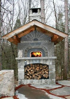 Join us on Hurricane Island for a hands-on workshop to build a masonry wood-fired oven, led by Pat Manley and Ladleah Dunn. Pictured is a Bake Oven by Marty Pearson, member of the Masonry Heaters Association and 2008 MHA contest winner. Outdoor Living Areas, Outdoor Rooms, Outdoor Kitchens, Living Spaces, Masonry Oven, Pizza Oven Fireplace, Oven Design, Patio Design, Fire Pit Pizza